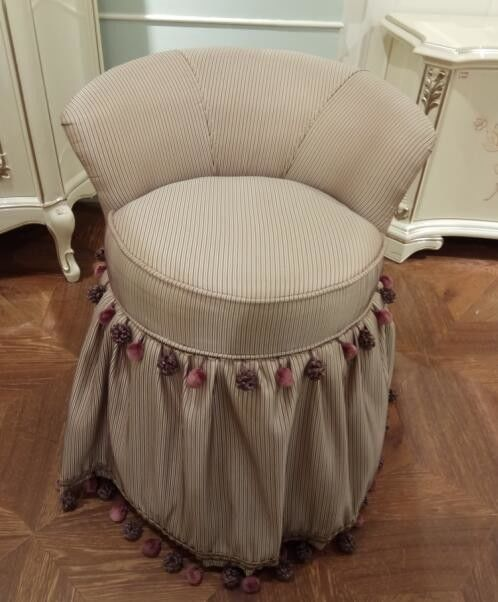 Simple Luxurious Dressing Table Stool / Small Bedroom Chairs Bookroom Type